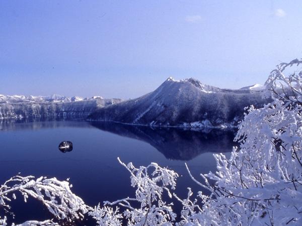【阿寒湖発着】おーろら号と冬の摩周湖 知床ウトロ・阿寒湖温泉3日間