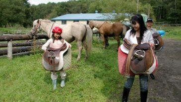 <中標津町・乗馬体験>自然に囲まれた馬場で乗馬に挑戦!|ムツ牧場 ひだまり乗馬クラブ