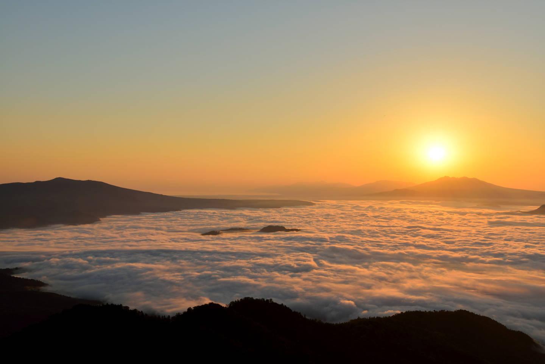 津別峠 ー 北海道随一の絶景雲海スポット|屈斜路湖周辺