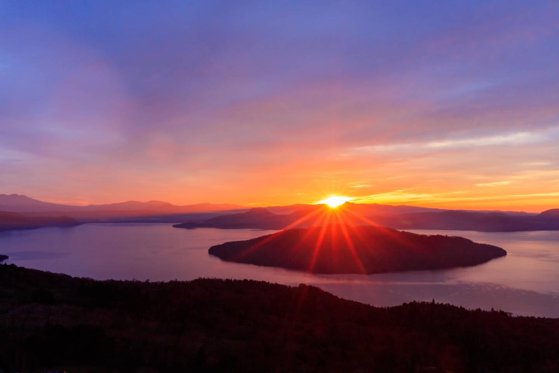 美幌峠 ー 屈斜路湖を一望するライダー憧れの絶景スポット